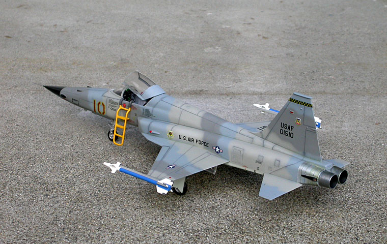 Iwata Airbrush Kit >> Monogram 1/48 F-5E Tiger II - The Display Case - ARC Discussion Forums